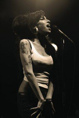 Amy Winehouse Halloween Costume
