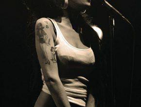 Amy Winehouse Halloween Costume